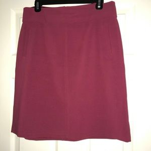 Banana Republic Stretch Skirt Mauve Color Sz. 10